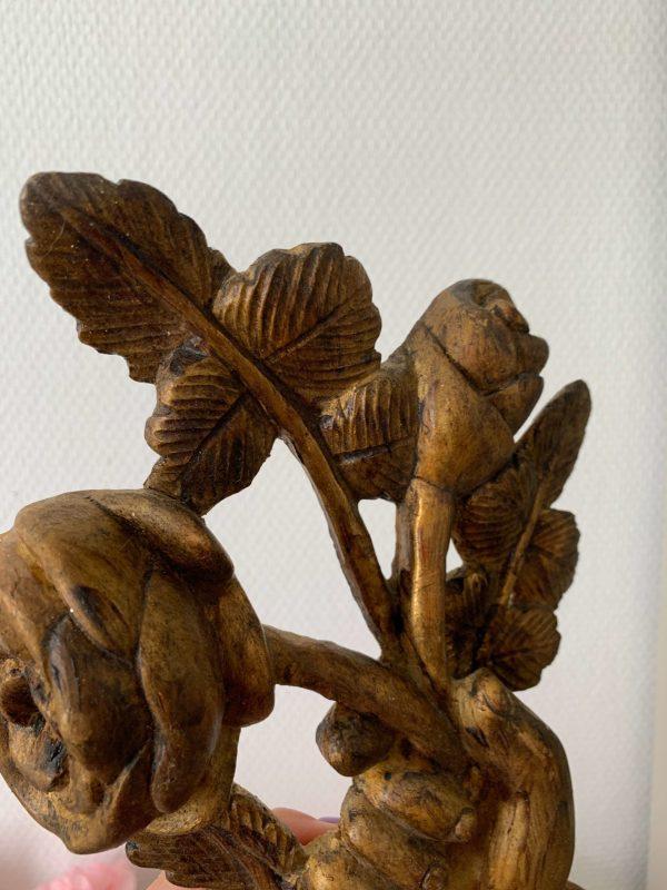 ancien ornement en bois doré debut xixeme main et roses
