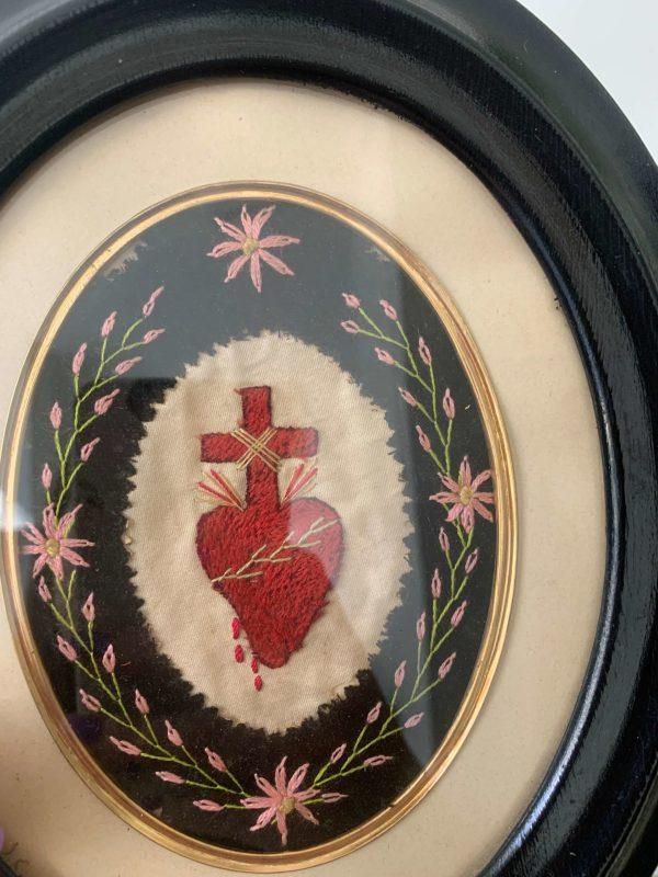 ancien ex voto brodrie coeur xixeeme siècle cadre napoléon 3