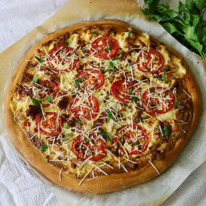 an overhead image of Kentucky hot brown pizza