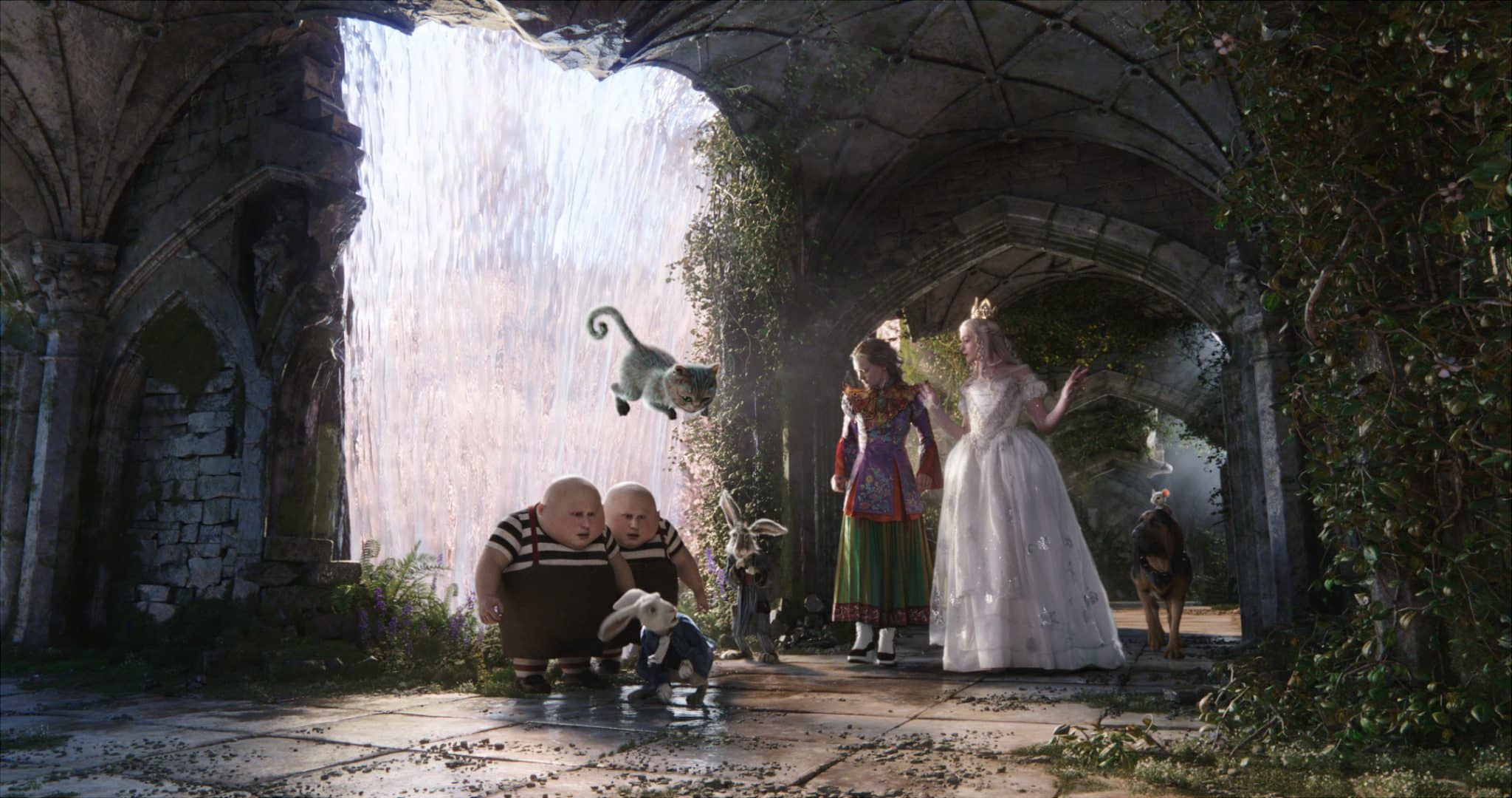 Alice Through the Looking Glass In Theaters | ThisNThatWithOlivia.com
