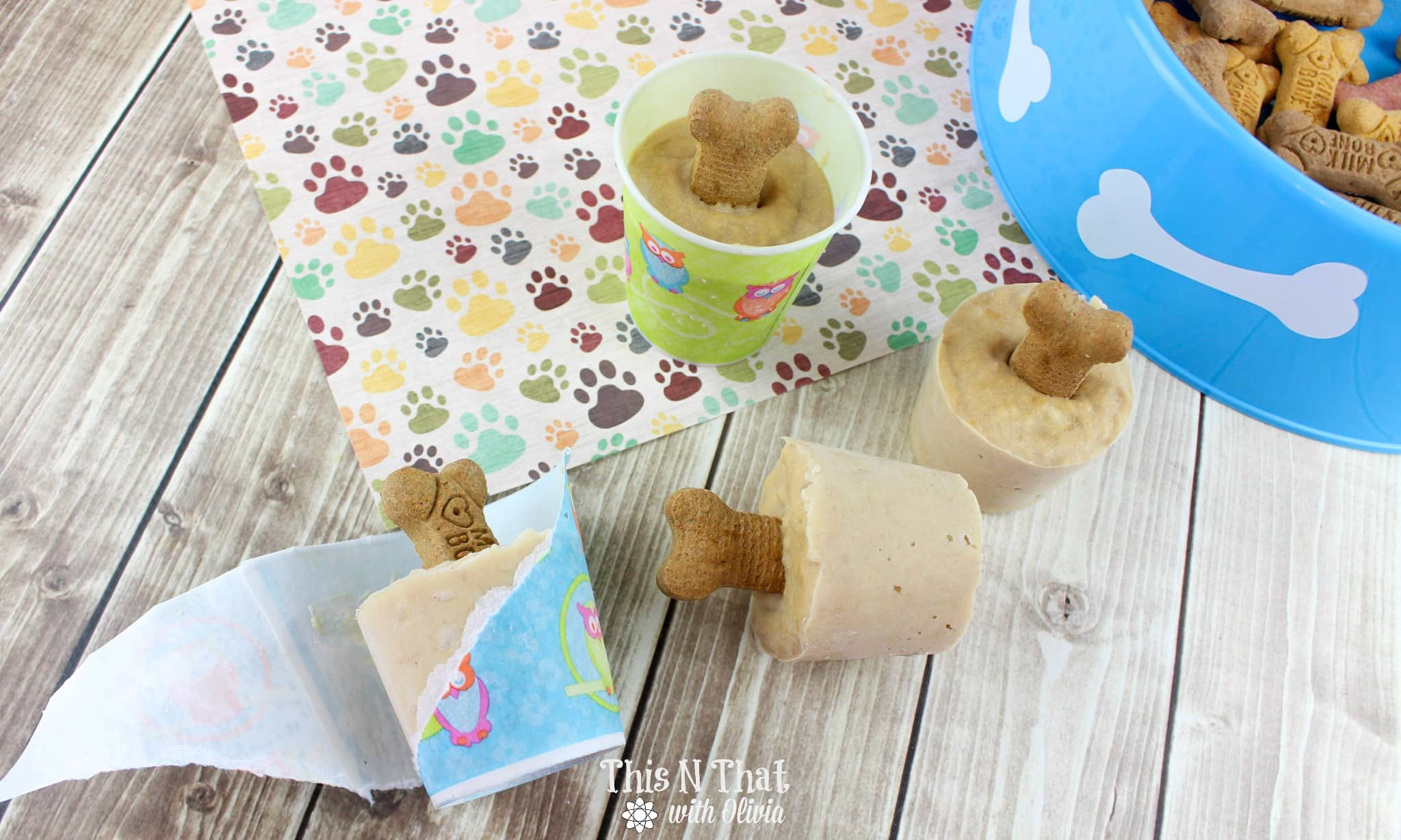 Frozen Pup Pops for your Furry Friends! #Pup #Frozen #Treat #Dog