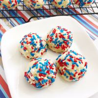 Easy + Delicious 4th of July Cookies!