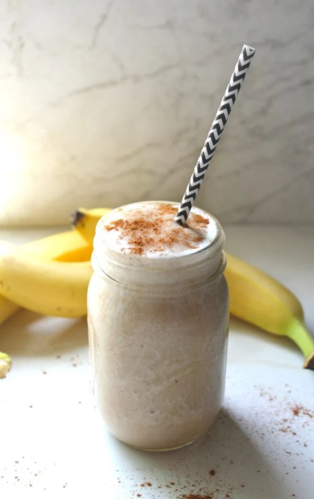 This Banana Muffin Smoothie is like having dessert for breakfast | VEGAN +GF | ThisSavoryVegan.com