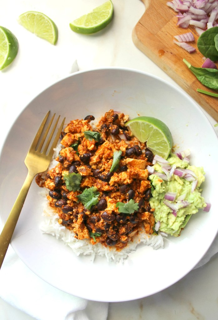 These Spicy Sofritas Black Bean Bowls are healthy, simple and super delicious. Perfect for meal prepping or busy weeknights | ThisSavoryVegan.com