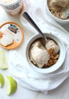 When you only need dessert for two make these Individual Apple Crisps with Cashew Milk Ice Cream. Simple to make and super delicious @so_delicious bit.ly/2rsI7eX | ThisSavoryVegan.com