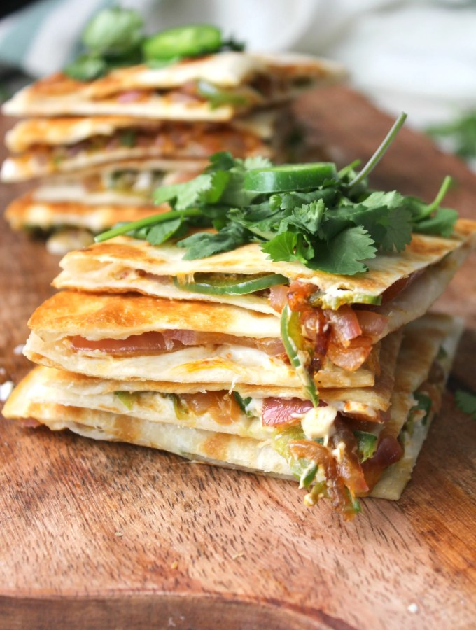 The simple way to get all of the flavors of jalapeño poppers with minimal work. TheseVegan Jalapeño Popper Quesadillas are creamy, crunchy and a little spicy | ThisSavoryVegan.com #vegan #gameday