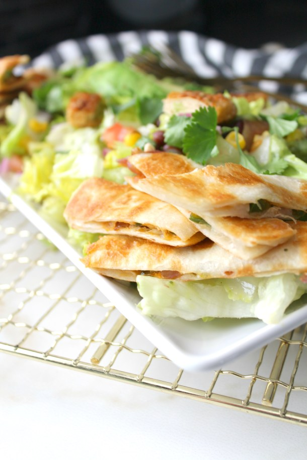 Take your salad to new levels with this Vegan Chicken Taco Salad with Jalapeño Popper Quesadillas. Because quesadillas are the new croutons | ThisSavoryVegan.com #vegan #salad