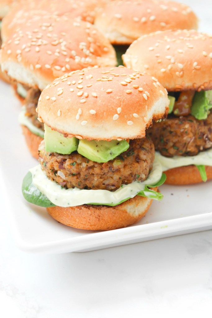 15 DIY Mouthwatering Recipes for Your Vegan Summer BBQ!!