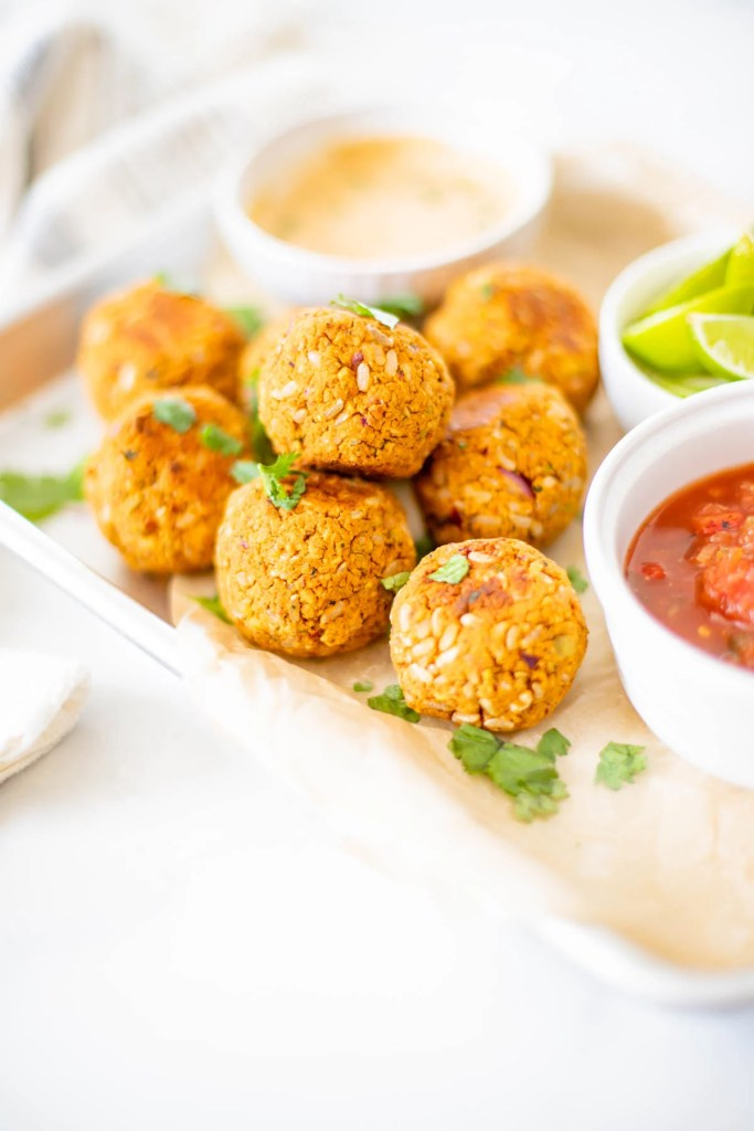 These Zesty Vegan Chickpea Meatballs are crispy, hearty and healthy. Made with chickpeas, pistachios, brown rice, herbs and spices. Serve with pasta, salads or bowls | ThisSavoryVegan.com #thissavoryvegan #chickpeas #veganmeatballs