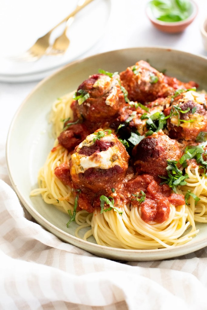 Perfect for a date night or family dinner, this is The Best Vegan Spaghetti & Meatballs you will ever have. Delicious and savory | ThisSavoryVegan.com #thissavoryvegan #veganmeatballs #datenightrecipes