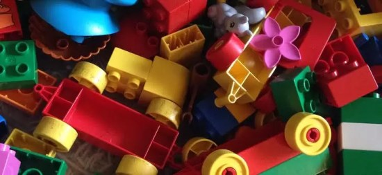 minimalist toy collection, minimalism, decluttering toys