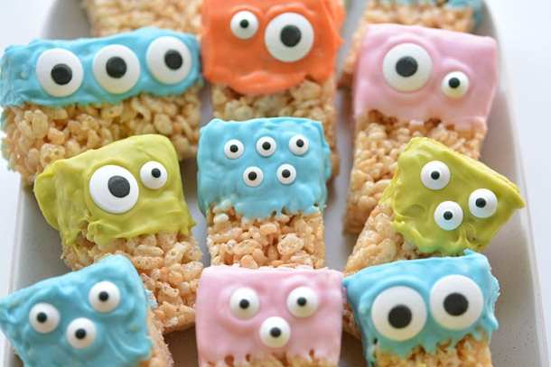 16 Rice Krispie Treats for Halloween