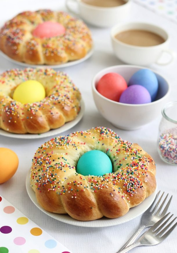 15 Delicious Easter Bread Recipes (Part 1)