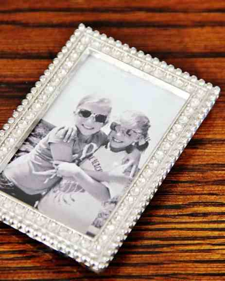 wallet sized picture frame