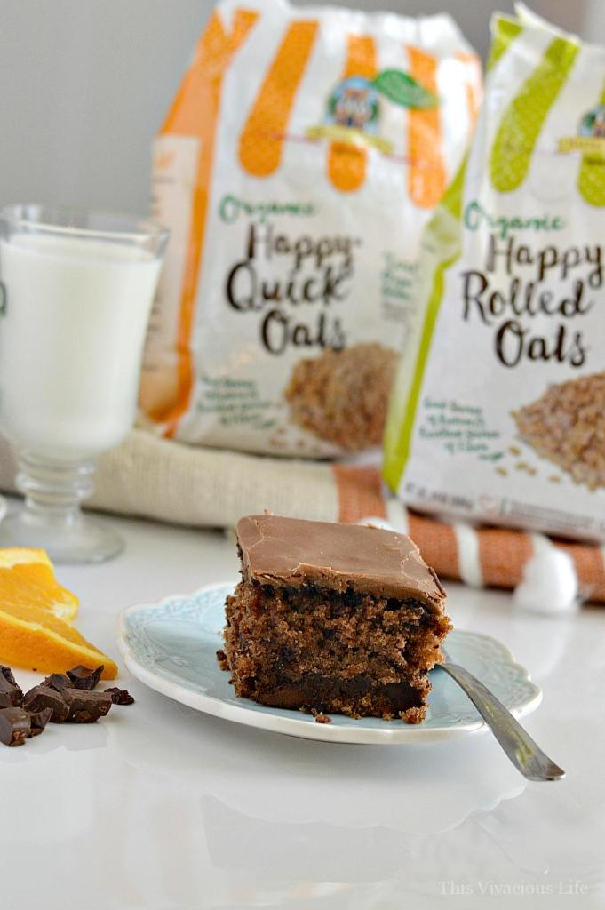 This gluten-free chocolate orange oatmeal cake is seriously the BEST cake you will ever eat! | gluten-free cake recipes | gluten-free chocolate cake | gluten-free dessert recipes | easy gluten-free recipes || This Vivacious Life #glutenfreecake #glutenfreedessert #chocolateorange