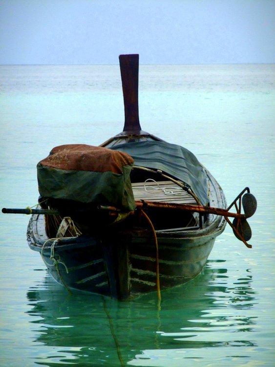 Thai longboat