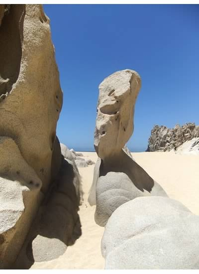 Playa del Arco rock formation