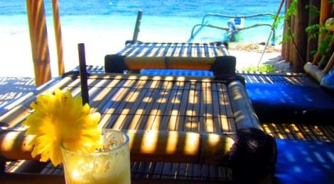 Gili Air pineapple juice on the beach, Gili Air
