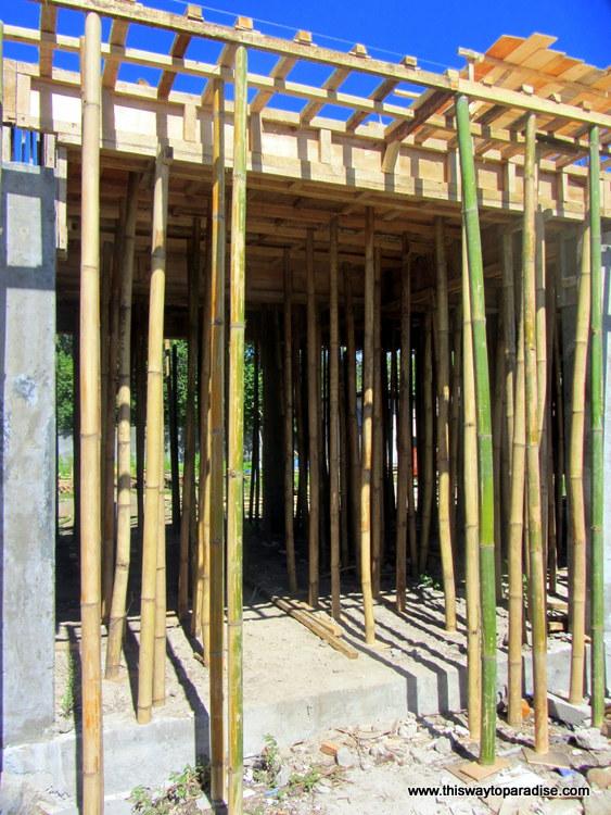 Housebuilding on Gili Meno