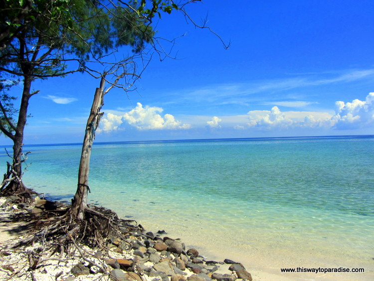 Clear waters of Gili Meno
