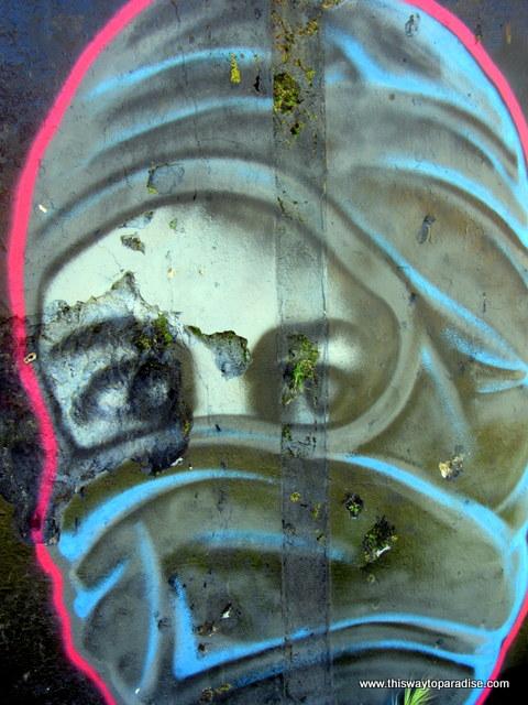 Agii Apostoli beach street art
