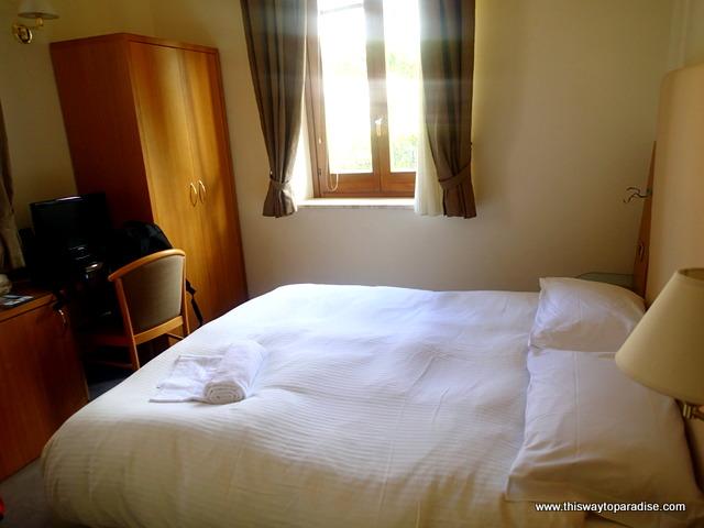 Villa Margherita hotel in Cefalu, Sicily bedroom