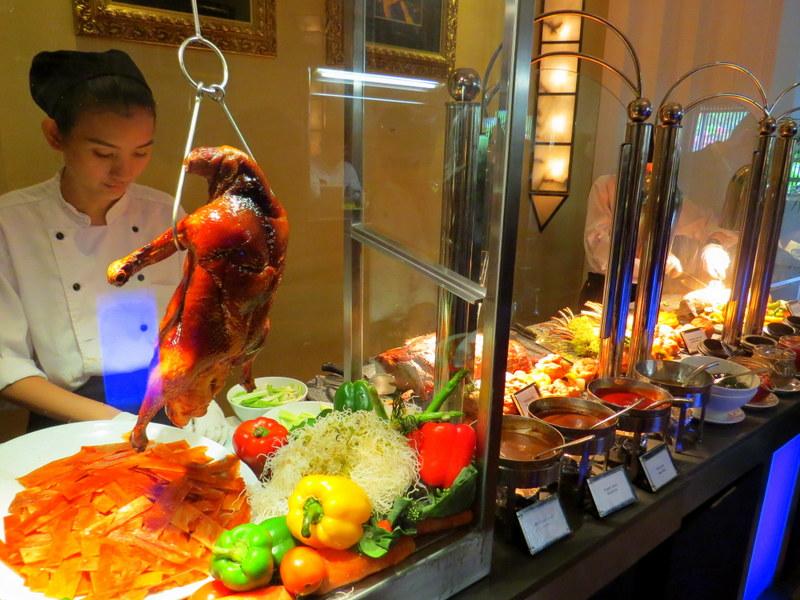 http://assets.plazaatheneebangkok.com/lps/assets/u/Sunday-Brunch-menu-bold.jpg