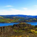 Washington Hikes: The Columbia Gorge Labyrinth Has It All