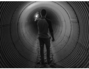 Mann im Tunnel (Angst)