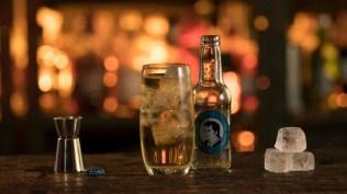 Der Whisky Highball mit Thomas Henry Soda Water