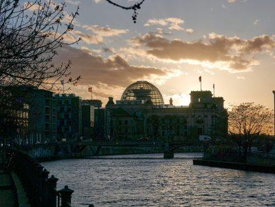 Reichstag im Abendlicht