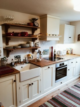 Bespoke kitchen - traditional style