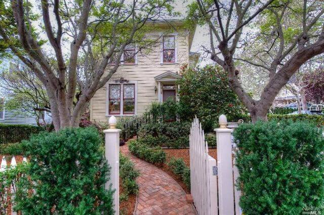 209 H Street, Forbes homes for sale