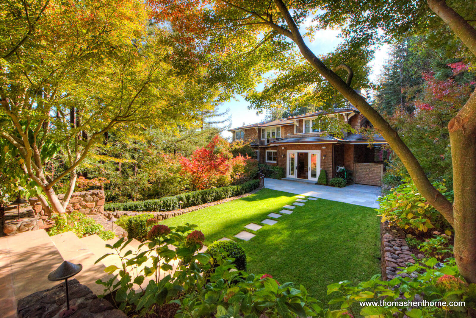 Photo of 8 Woodland Place in Kentfield, California