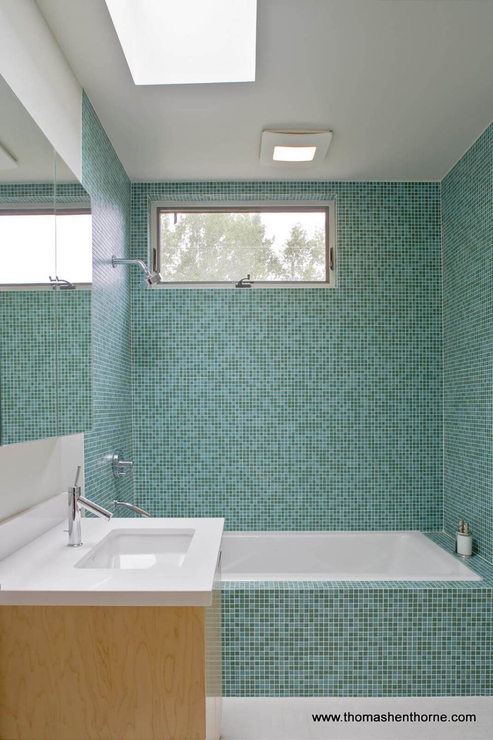 Bathroom with mosaic tile
