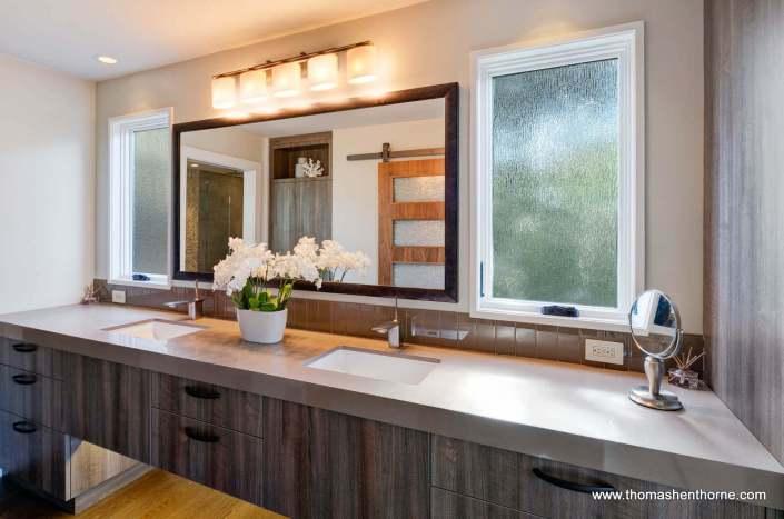 Double vanity in master bathroom