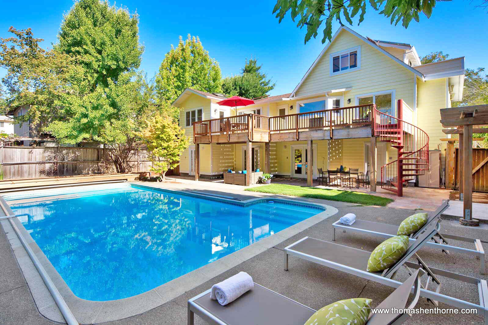 4 Hillside Avenue Kentfield Pool and Yard