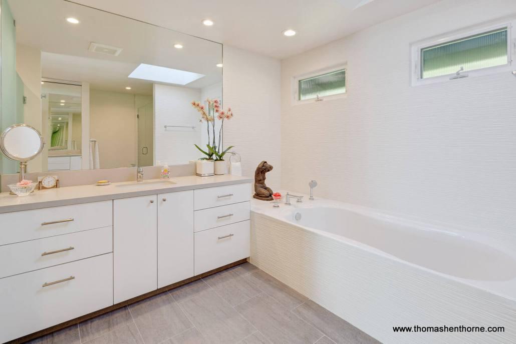 soaking tub and vanity
