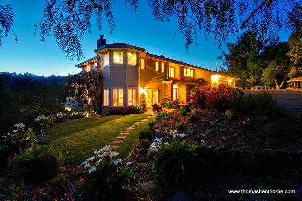 208 Benson Circle Mill Valley Exterior Dusk