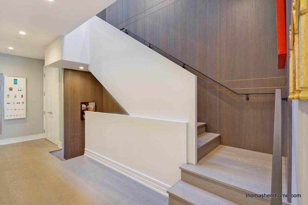 Striking modern stairway