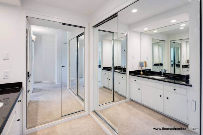 closets with mirror doors