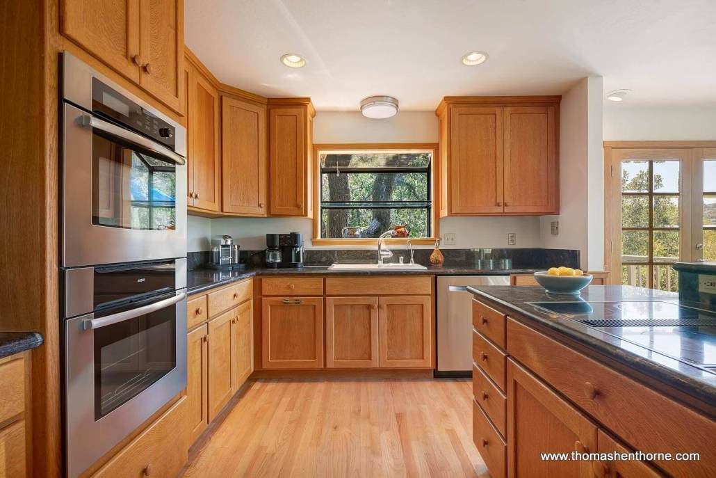 kitchen with stainless dishwasher