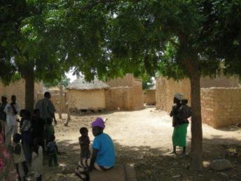 Une vue de Sitoege le village de la grande famille de Sankara (photo Bruno Jaffre)