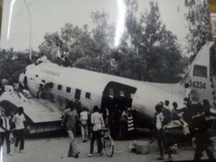 Avion déplacé par Thiombiano lors du FESPACO 87