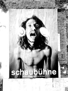 Hauptsache schrill: Werbung in Berlin Foto ©Tom Ruebenach