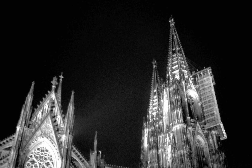 Papst Franziskus: Brückenbauer @ Tom Rübenach