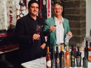 Le journaliste romain Andrea Gabrieli et l'oenologue de l'Institut sicilien, Gianni Giardina ont animé les dégustations de Passitaly.