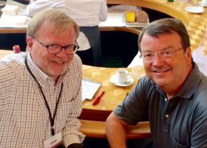 Willy Klinger, à dr., et Pierre Thomas, à Memoire & Friends, à Zurich, fin août 2015.