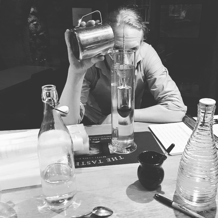 How to make gin | Thompson Bros