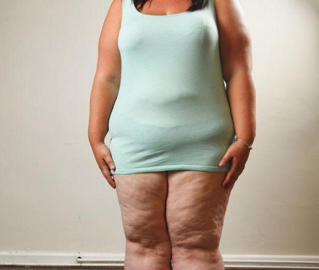 Chubby Girl Spreads Her Legs